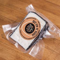 Kozí sýr zrající ve vosku -...
